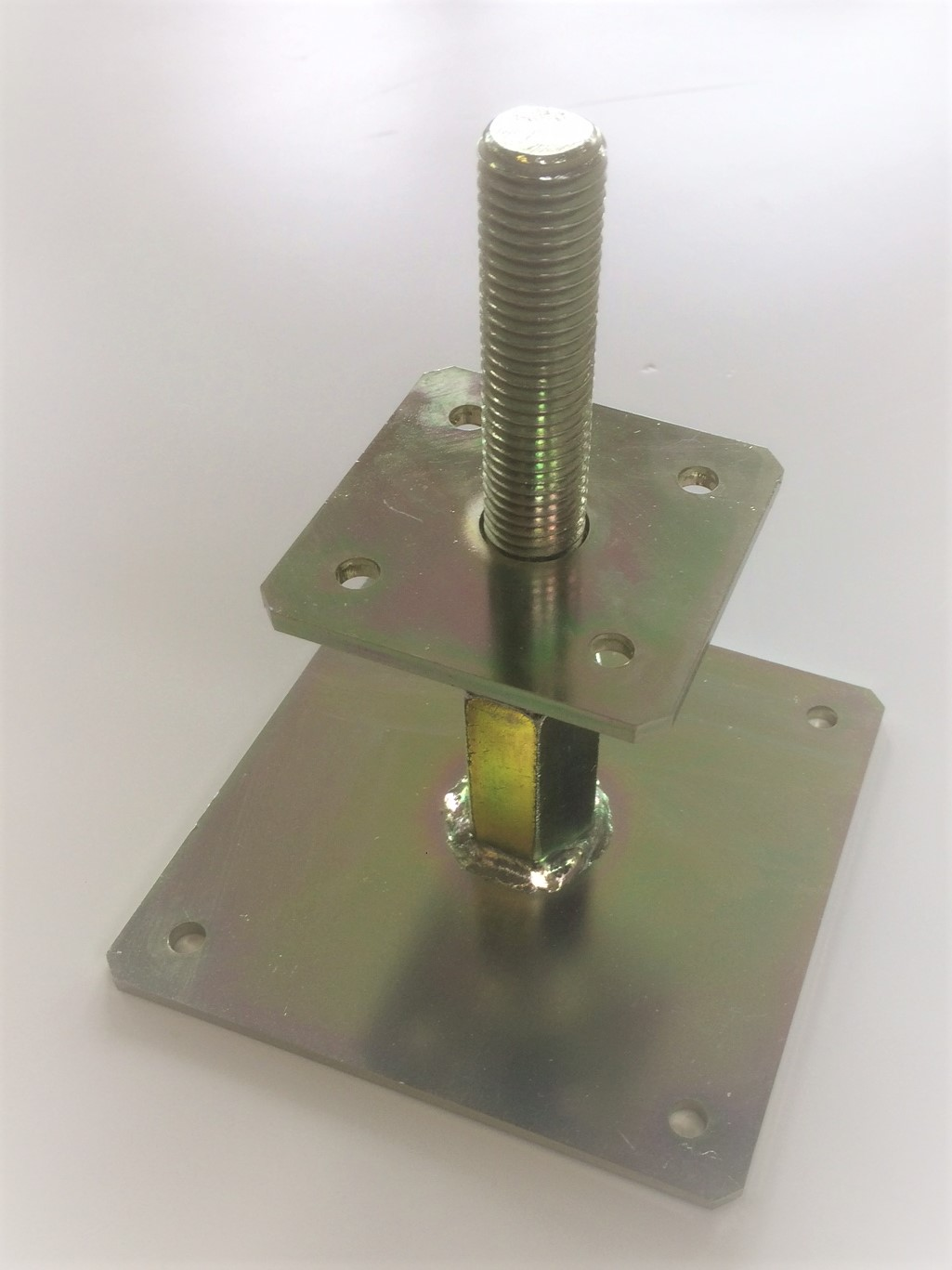 Adjustable post base top plate- 80 x 80 suitable for post size 100 x 100- code: APB1-TP